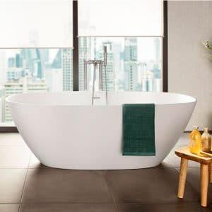 bañera exente como protagonista del cuarto de baño