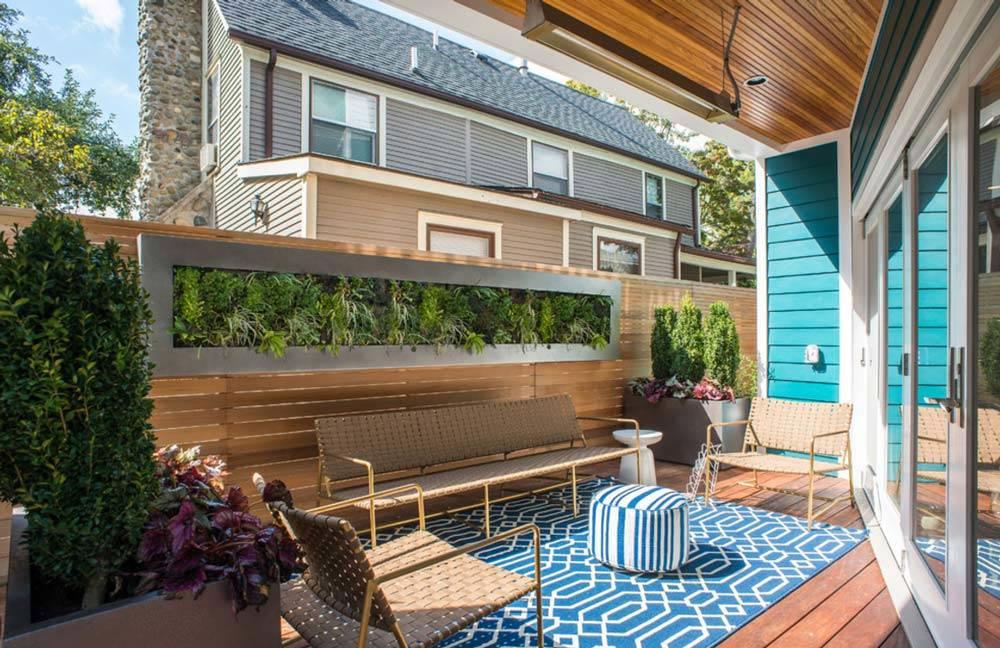 amplia terraza decorada para disfrutar tu hogar